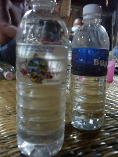 Which one's water, which one's langkau?? Only one way to find out. Actually two - taste it or smell it