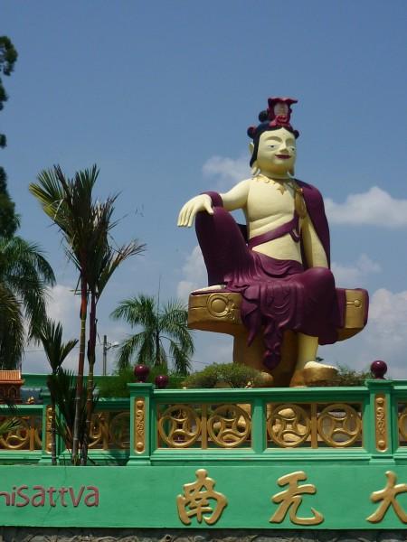 Giant statue, Buddhist Monastery
