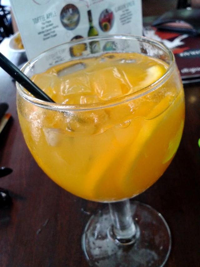 Refreshing with a fruity sweetness