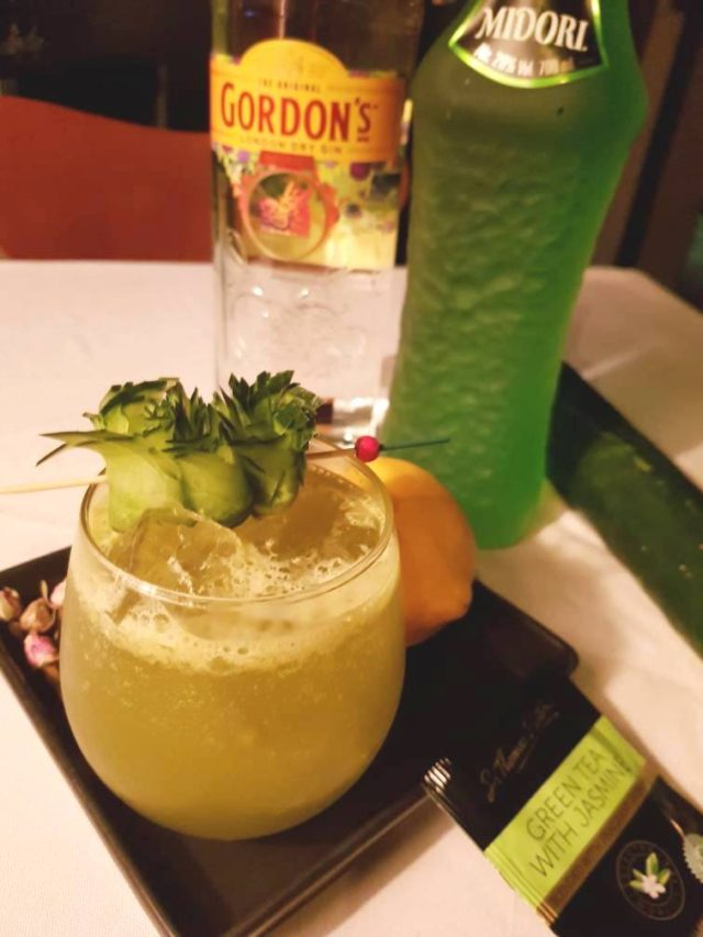 Lipton Green Tea-infused gin, Midori, cucumber juice, lemon juice, sugar & Angostura Bitters. Refereshing and well-balanced